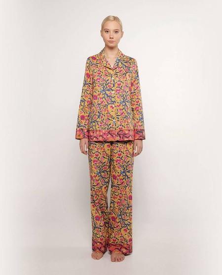 https://www.elcorteingles.es/moda/MP_0362624_41810050-pijama-de-mujer-estampado-100-algodon-de-manga-larga/