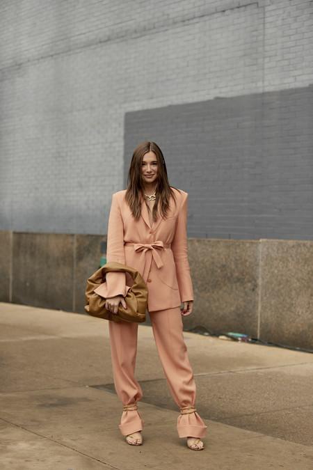 Street Style Suit 01