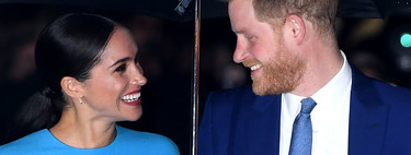 Meghan Markle chooses a dress in the trendy blue on her long-awaited comeback with Prince Harry