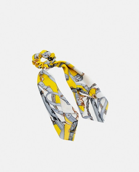 Pressume scrunchie with yellow printed scarf