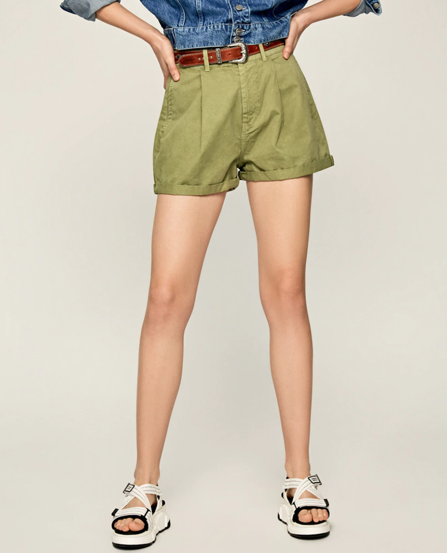 Chinese style women's shorts with low-cut