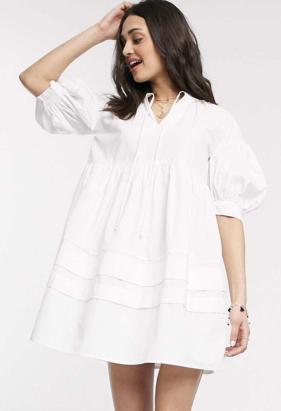 Wide dress with puffed sleeves by Influence