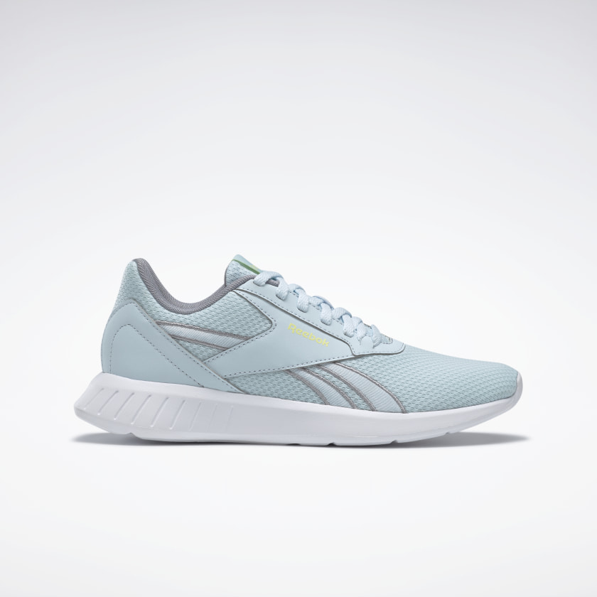 Breathable mesh shoes in sky blue