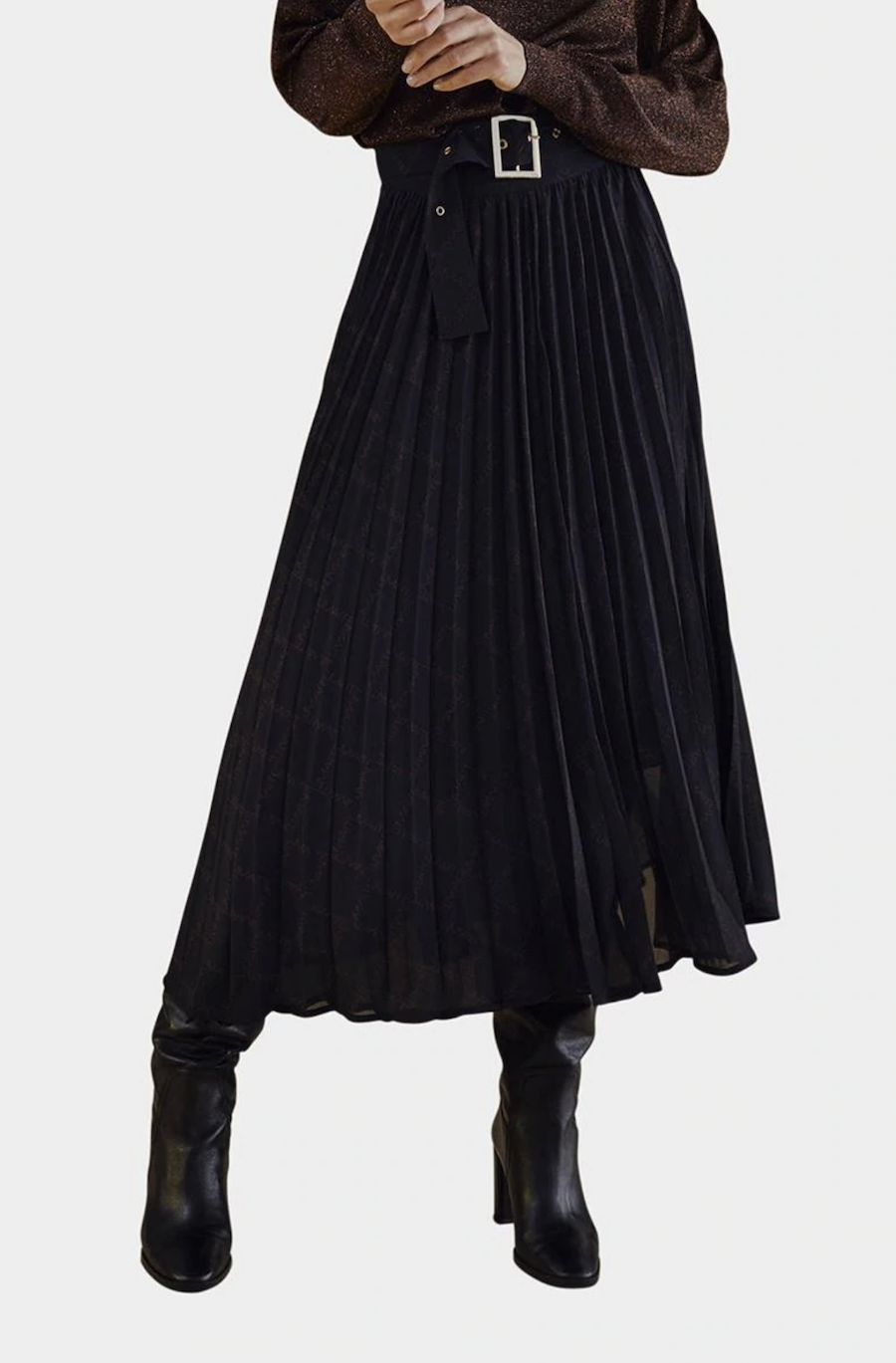 Long pleated skirt with monogram print