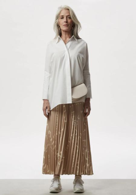 Long Skirt 1