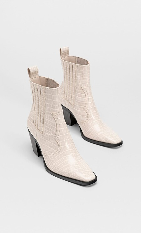 White Boots Aw 2020 07
