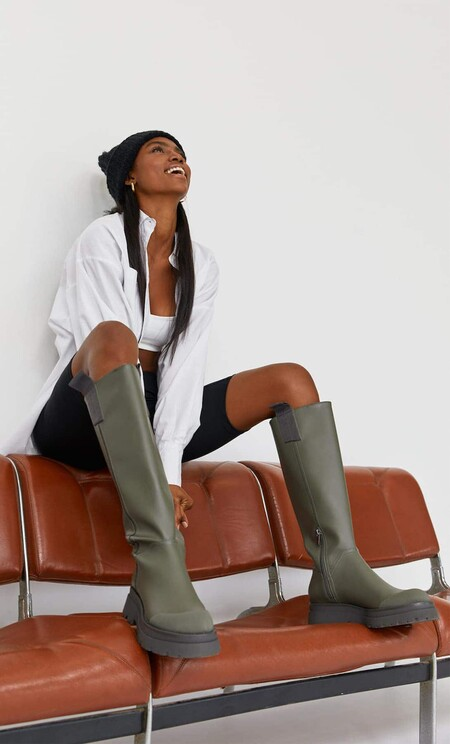 Stradivarius Khaki Water Boot