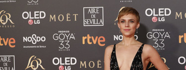 Goya Awards 2019: Aura Garrido wins the award for Sexiest of the Night with this risky dress by Roberto Cavalli
