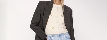 These embroidered knitwear jackets by Zara are two alternatives to the famous floral sets