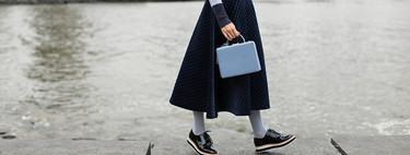 The quilting has jumped from the catwalks to the street style: we give you nine low-cost proposals with which to wear the most it quilting of the autumn