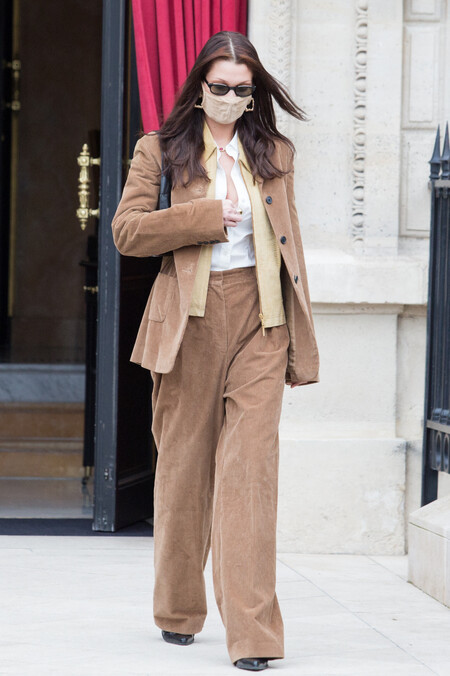 bella hadid street style in paris haute couture 2021.