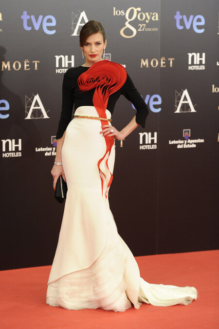 Nieves Alvarez Stephane Rolland Haute Couture 2013