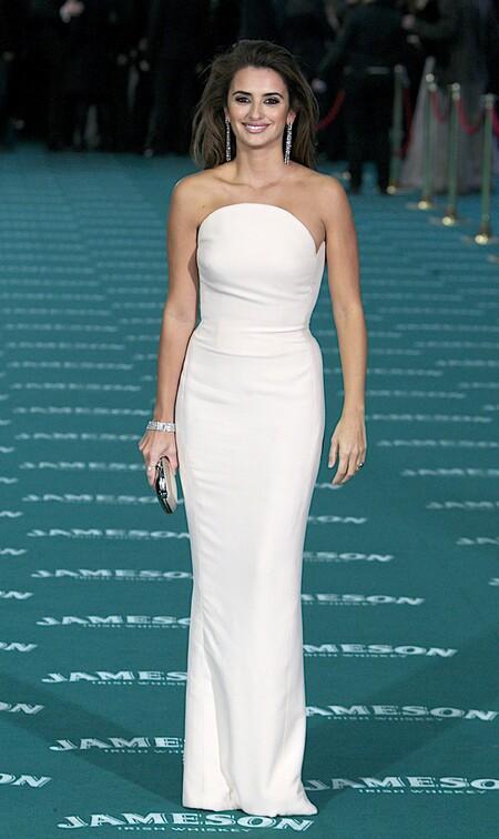 Penelope Cruz From Versace 2010