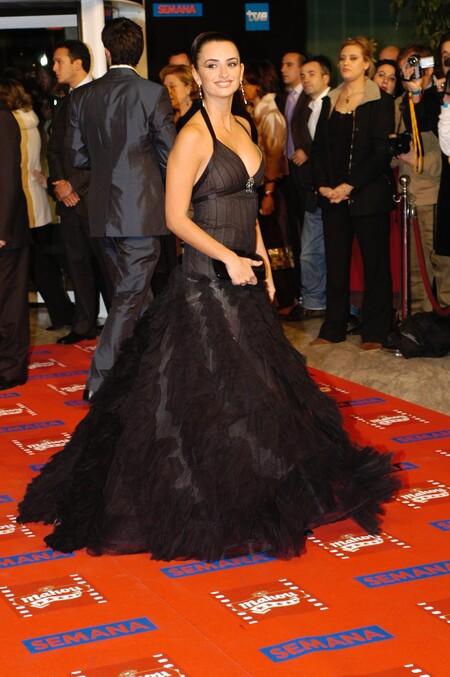 Penelope Cruz From Chanel 2005