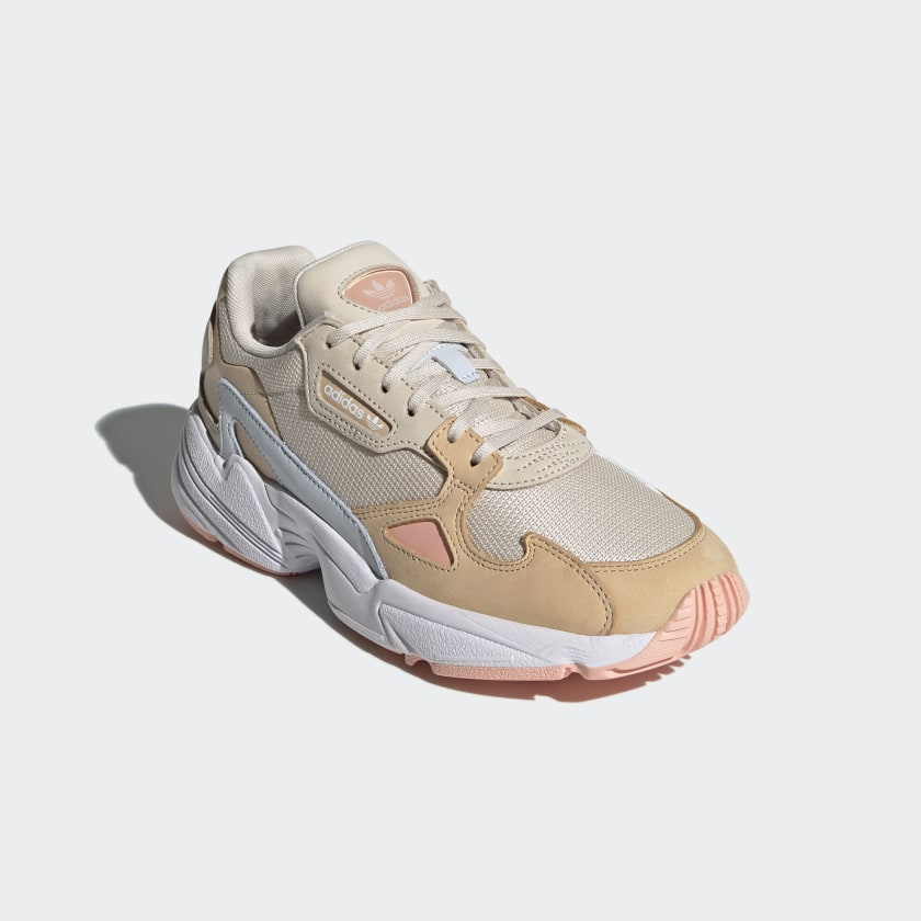 Falcon sneakers in pastel shades