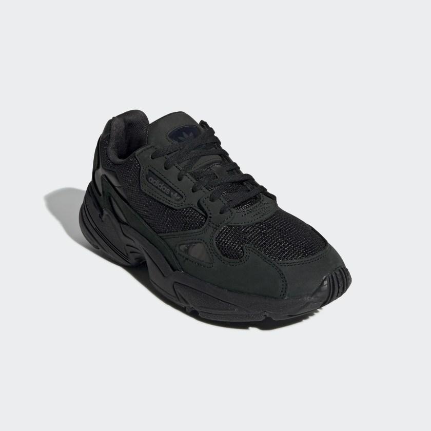 Falcon black sneakers