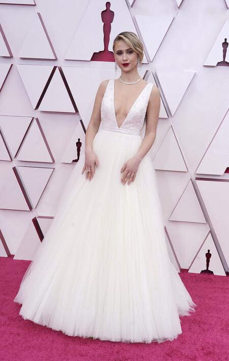 Maria Bakalova Louis Vuitton Oscar 2021