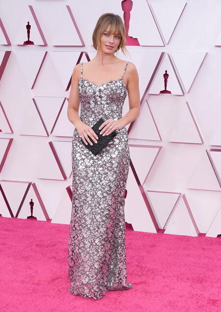 Margot Robbie Chanel Haute Couture Oscar 2021