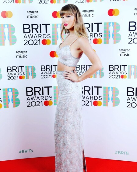 brit awards red carpet 2021