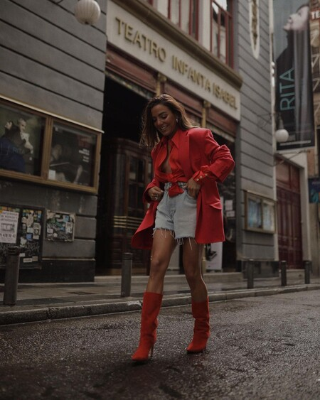 Combine Shorts Summer 2021 Street Style 04