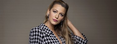 Blake Lively proves to us that you don't need a stylist to be an icon of elegance.