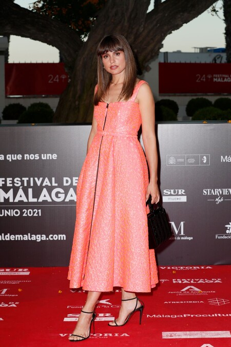 Veronica Echeguy