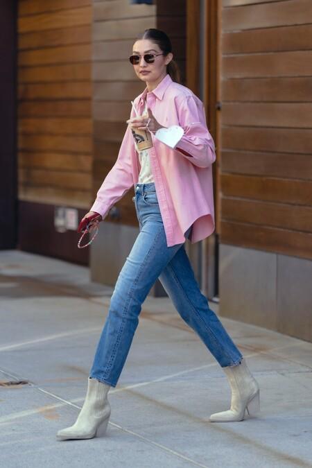 Gigi Hadid With Pink Shirt