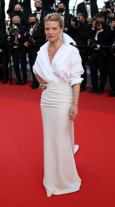 Melanie Thierry red carpet cannes 2021
