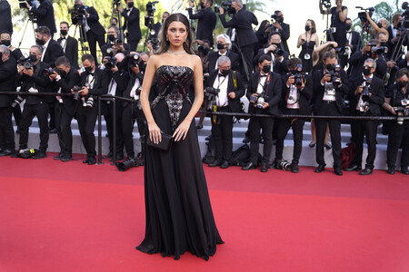 Amelie Zilber red carpet cannes 2021