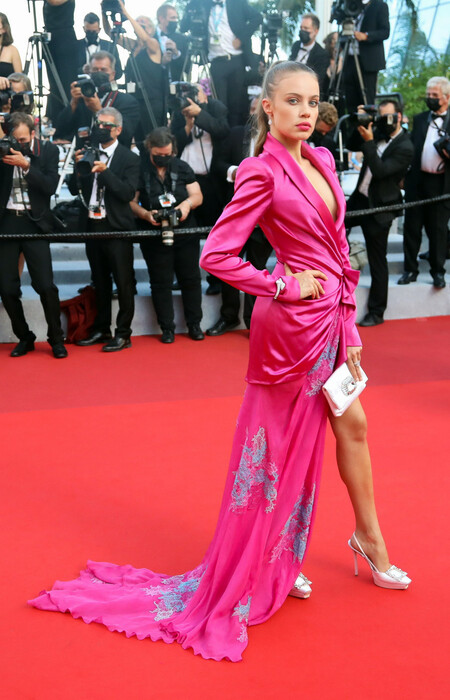 Xenia Tchoumi red carpet cannes 2021