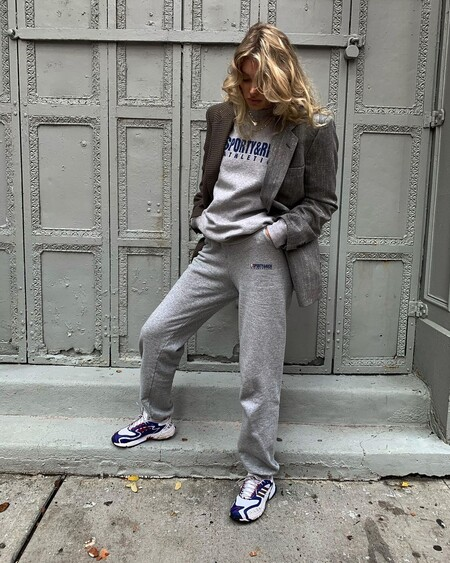 Tracksuit Look Office 03