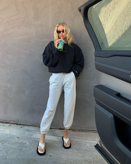 Tracksuit Look Office 01