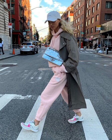 Office Tracksuit Look 02